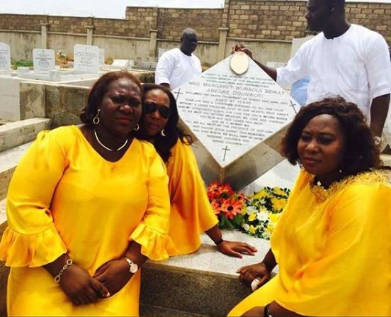 Photo:Ooni Of Ife and sisters remember their Late mother who would have been a year older today