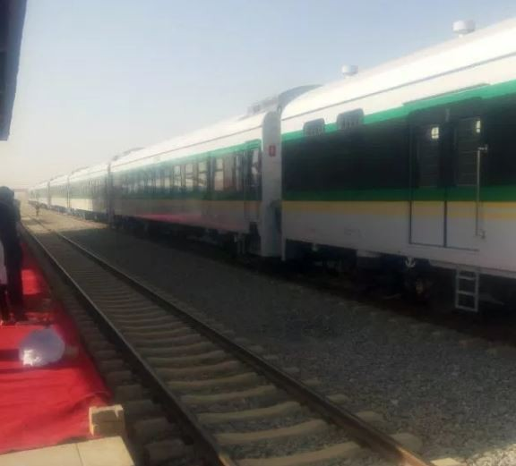 Train runs over a middle aged man in Abuja and a suicide note was found on him