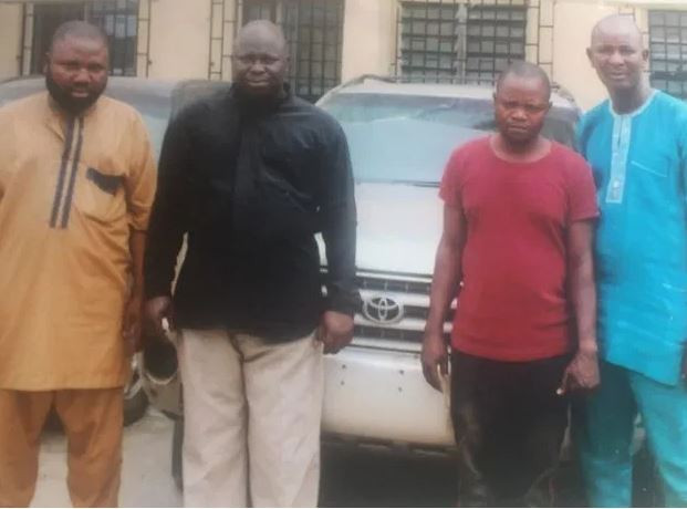 FSARS operatives arrest a fleeing pastor for stealing SUV from a car dealer in Lagos