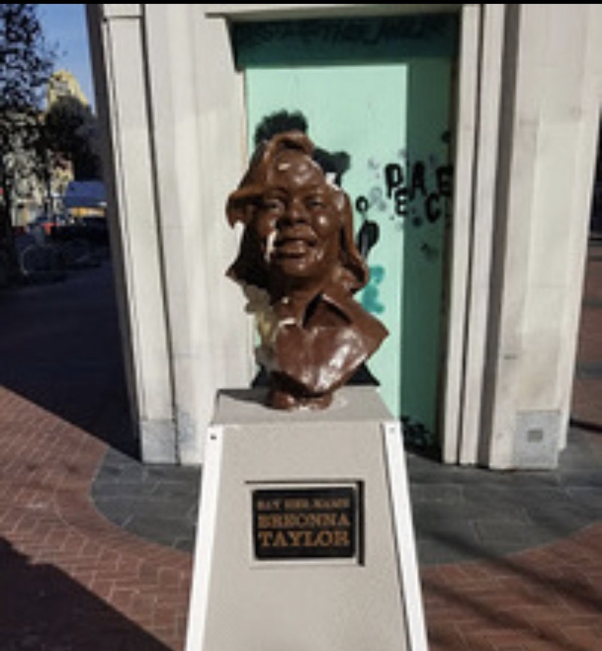 Breonna Taylor's statue vandalized, sculptor calls it 'racist aggression'
