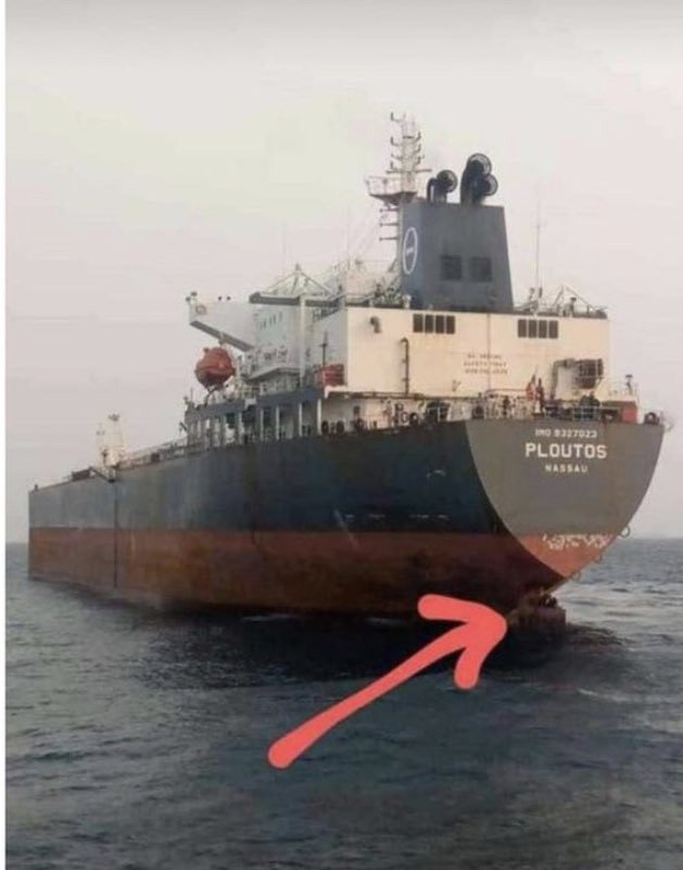 Lagos anchorage officials nab stowaways hiding at rudder of a ship heading for Spain 1