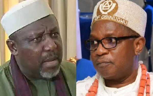 Rochas Okorocha attacked by Imo monarch inside an airplane