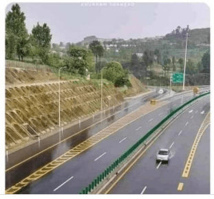 Pakistani journalist calls out Nigerian Twitter user for passing off a Pakistani road as Governor El-Rufai's project