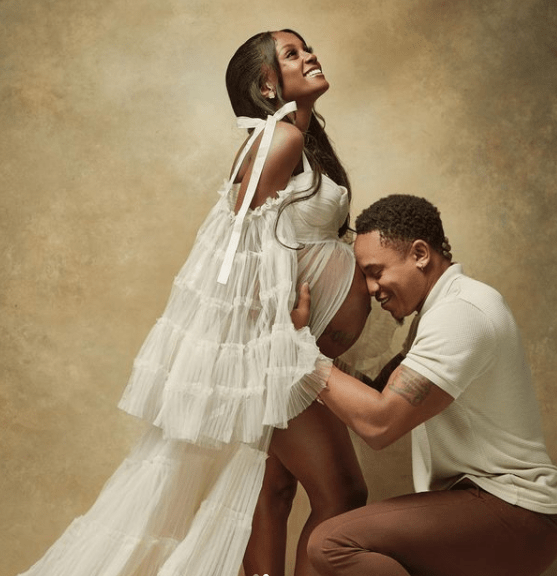 Rotimi and Vanessa Mdee are expecting their first child, share pregnancy photos 4