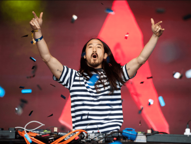 DJ Steve Aoki wants to be frozen with his family when he dies.