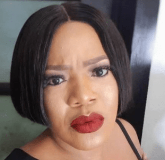 Between Toyin Abraham and a persistent Instagram beggar