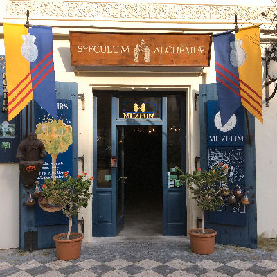 Alchemy Museume entrance