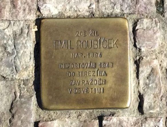 Holocaust plaque