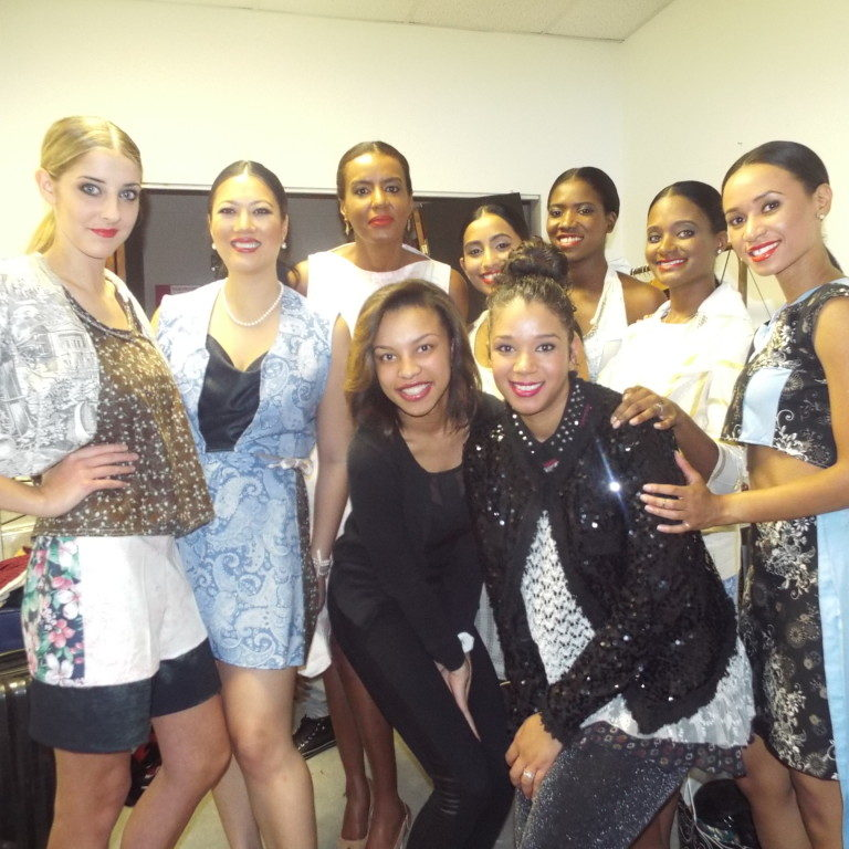 Linda Mendible Acesnsion Runway Spring 2014 Back Stage Fashion Show (12)