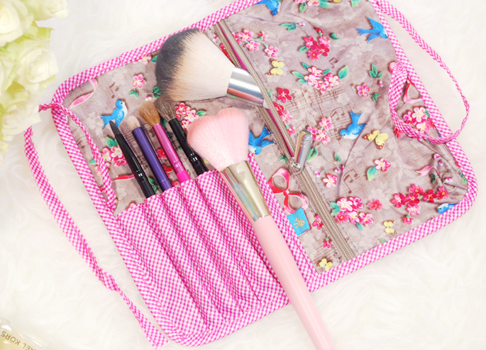 PIP Studio kwasten etui brush roll tasje houden reis klein make-up beauty review vente-exclusive .com vente-exclusive roze taupe travel size lifestyle by linda