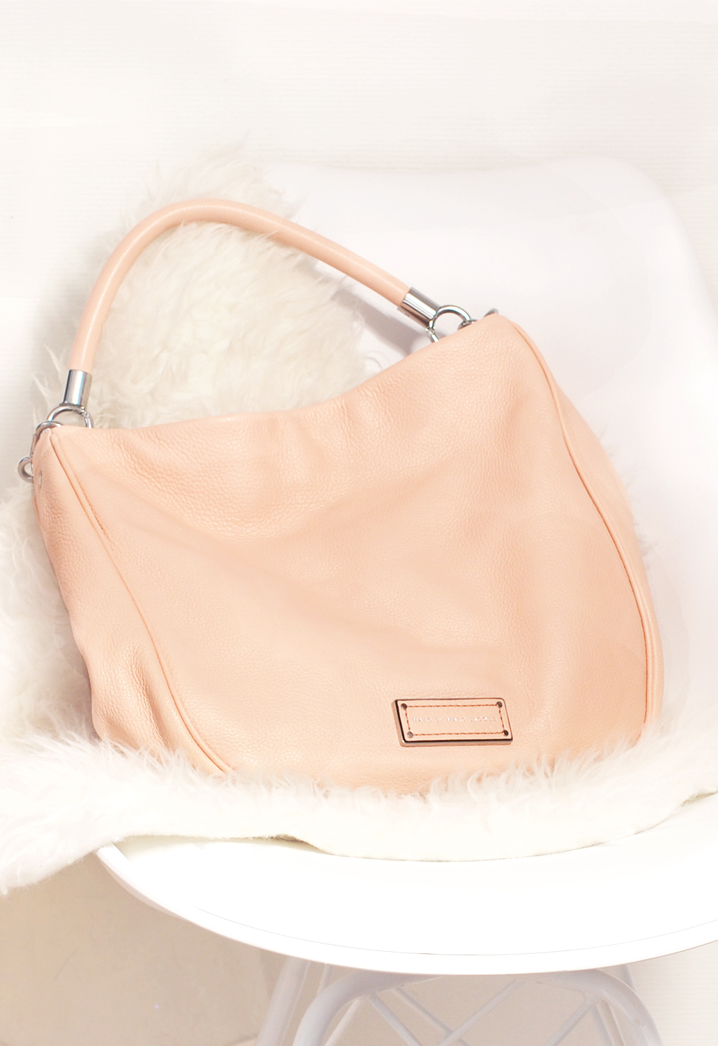 Too hot to handle Hobo Marc by Marc Jacobs pink pastel lifestyle by linda fashion fashionista fashion addict designer bag