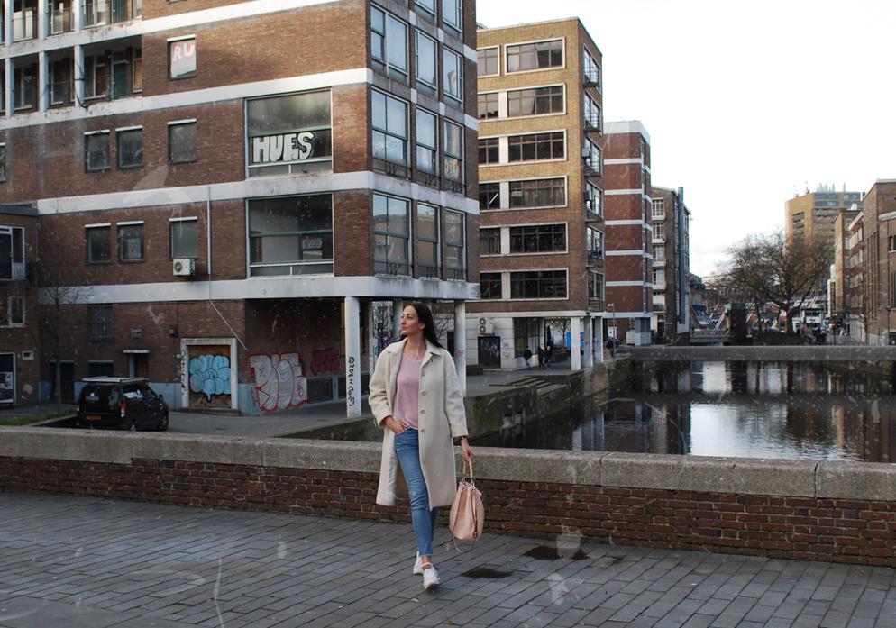 lama-laine OOTD Rotterdam Vintage coat slow fashion melting pot kilo