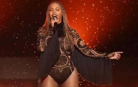 A Review of the 2016 MTV VMAs