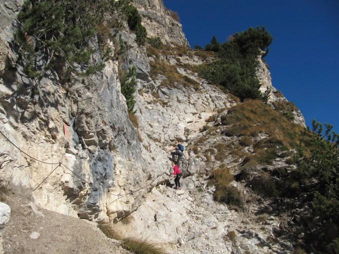 Der Einstieg in den Klettersteig zum Roen