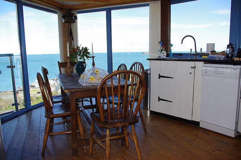Coverack Cottages - Sea View self catering cottage Cornwall