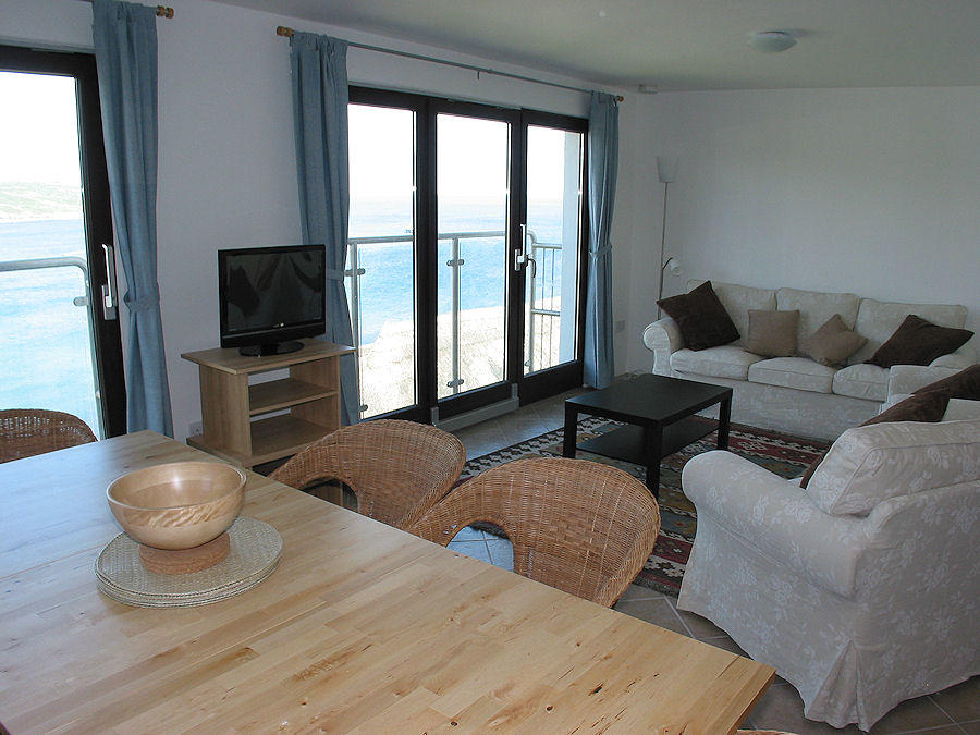 Cornwall Cottages - living room with a sea view - Coverack Cornwall