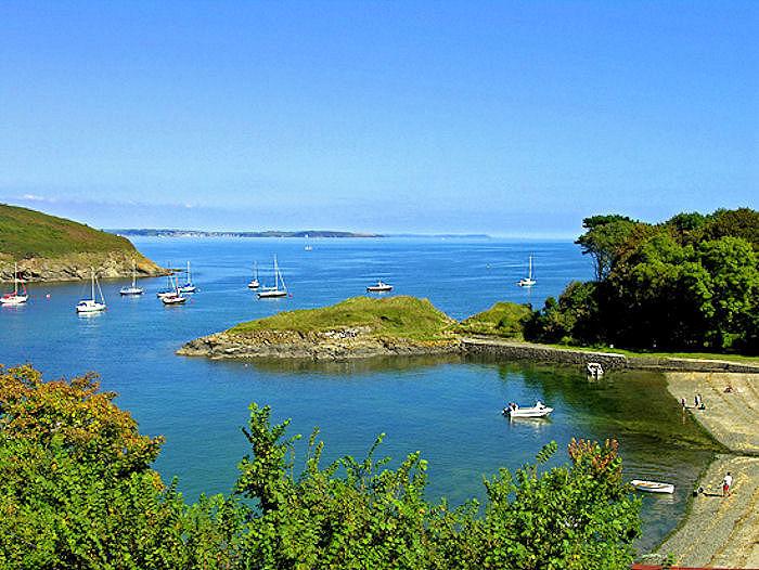 Chy Mor Gillan Beach Cornwall