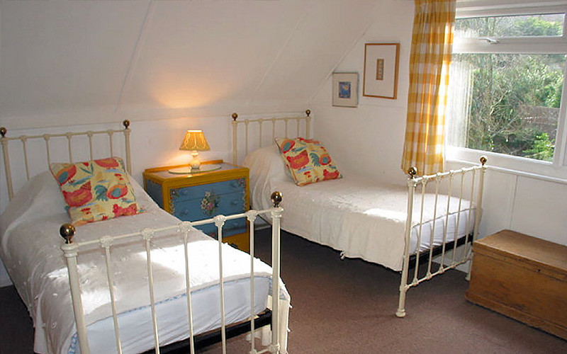 Curlew singles beds - Cornwall cottage Cornwall