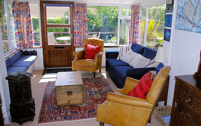 Cornwall Cottages - Dell Cottage - lounge and garden
