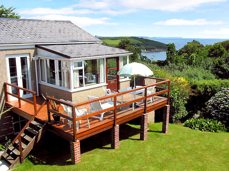 self catering cornwall with sea view