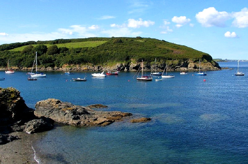 Self Catering Gillan Cornwall - ideal for family holidays