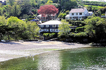 Large Self Catering holiday homes in Cornwall