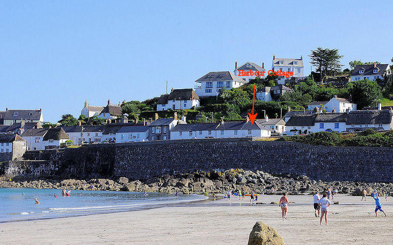 Harbour Cottage Coverack self catering - taken from the beach