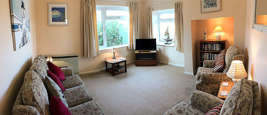 Meadow Cottage living room - Cornwall Self Catering