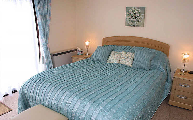 Ocean Cottage main bedroom