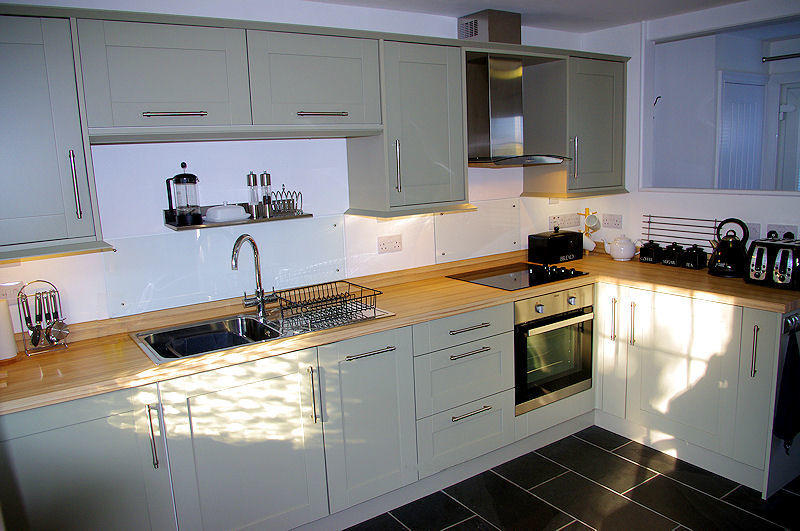 Old Mill Cottage Cornwall - The Kitchen 3