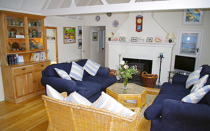 Cornwall Cottages - Rose on The Hill - living area