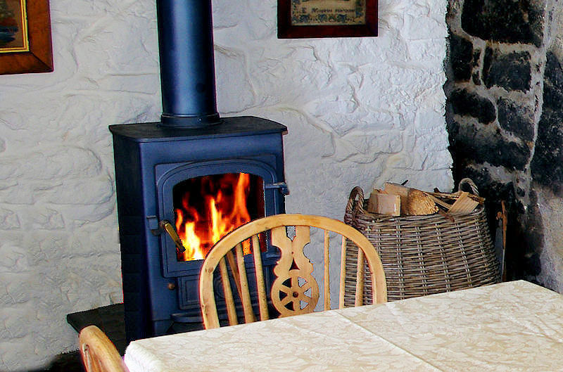 Log burner - cornwall self catering