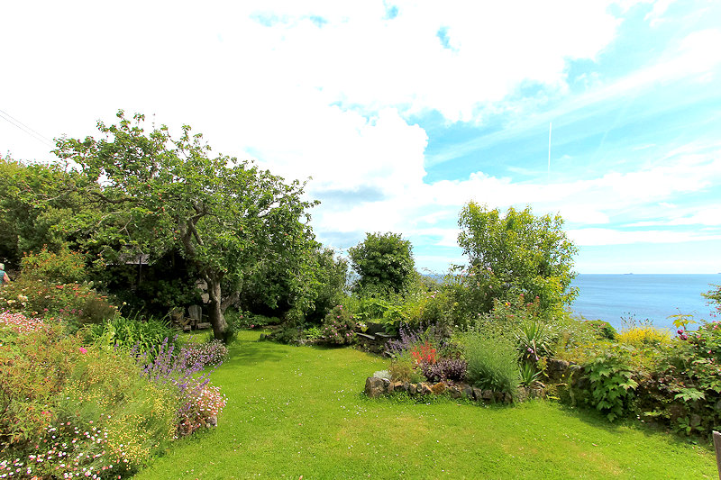 self catering sea view cornwall