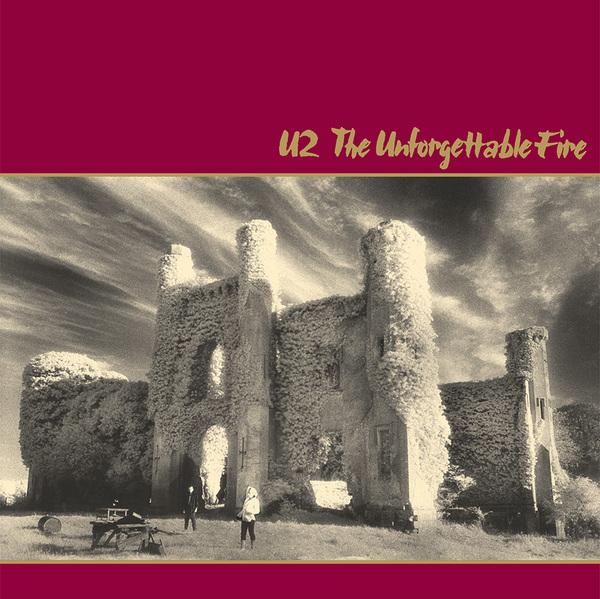 copertina di the unforgettable fire degli u2 con foto di anton corbijn
