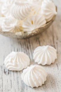 Floating Islands-meringue cookies