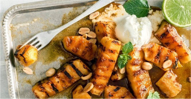 Grilled Pineapple with Rum Glaze