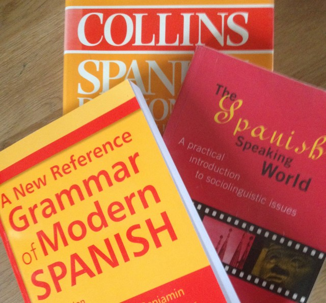 Maximize Your Month Spanish Books September 2015 linkup Lindsay Does Languages blog