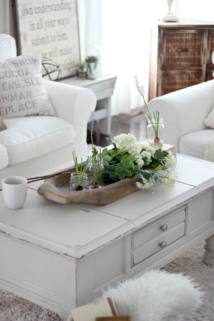 10 Winter Decorating Ideas Wooden Bowl On Coffee Table