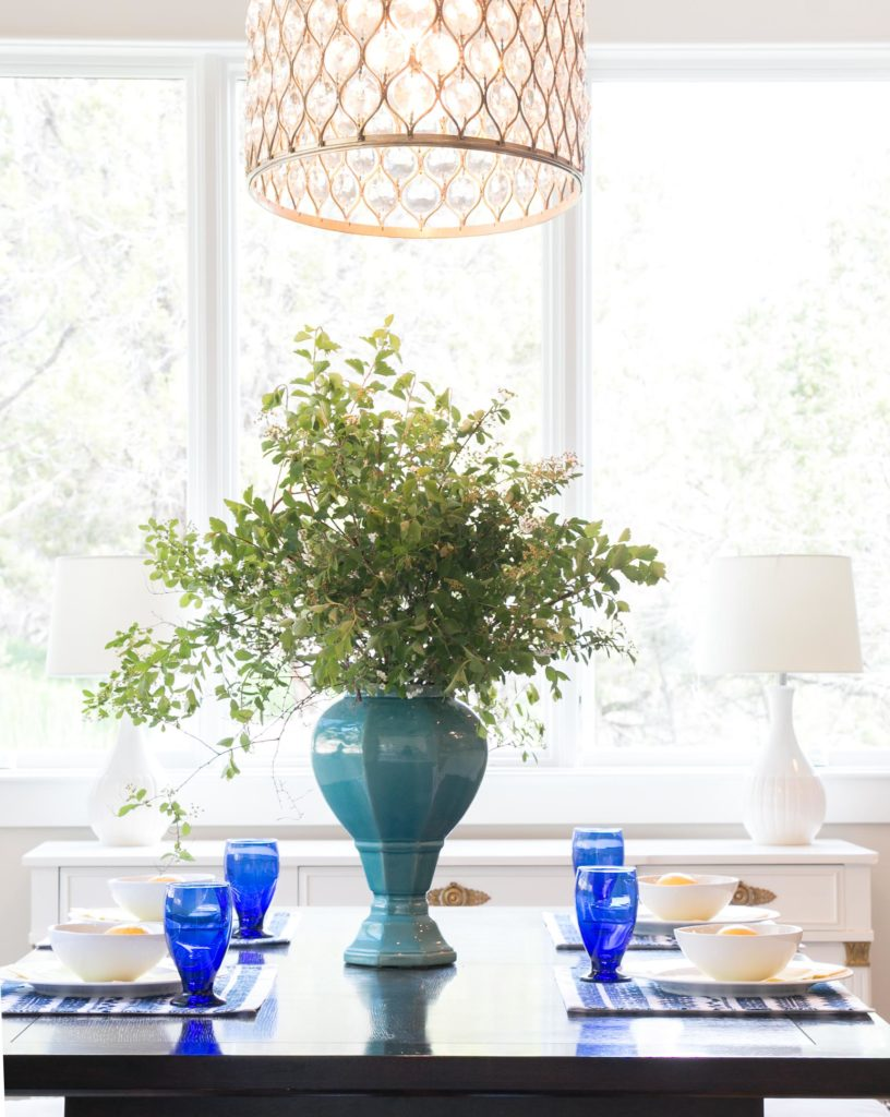 Lindsay Hill Interiors summer home tour table setting