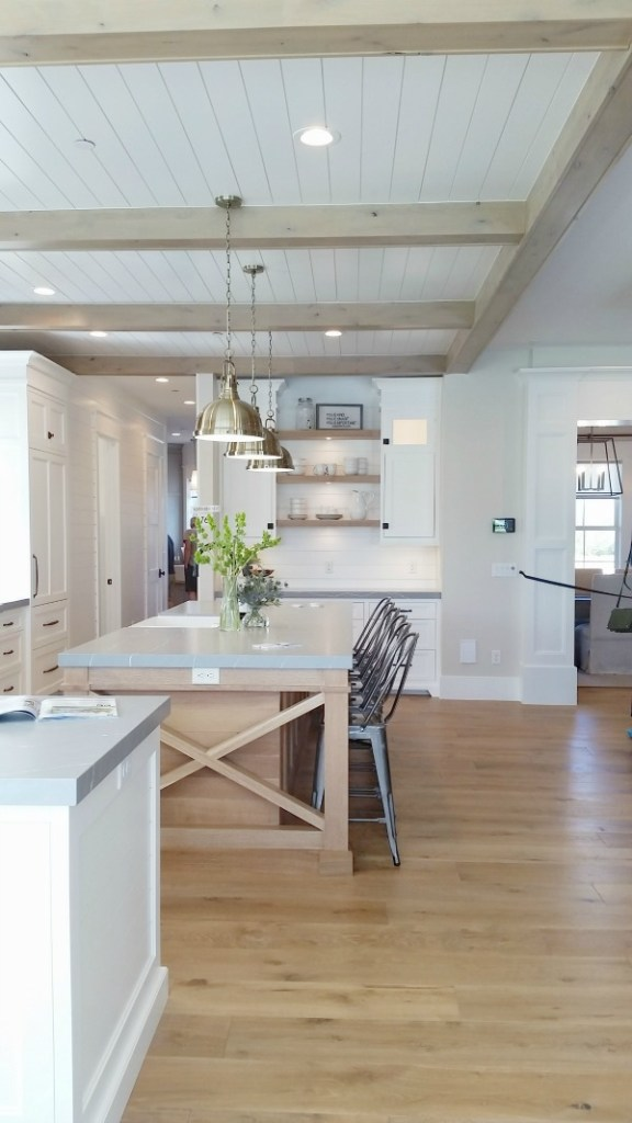 design trends beams and wood in kitchen