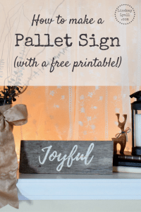 DIY Pallet Sign (with a free printable)