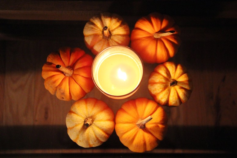 Halloween centerpiece - lindzlook.com