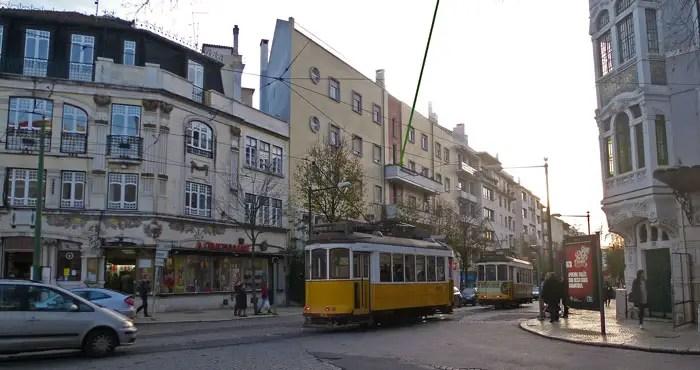 Carrefour de Campo de Ourique avec le E 28, Lisbonne