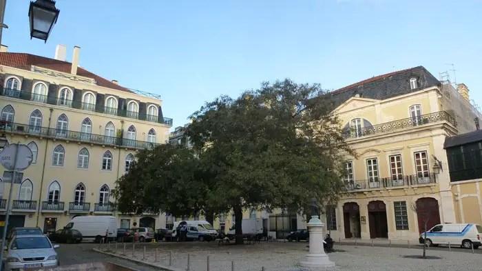 Largo da Academia das Belas Artes, Lisboa
