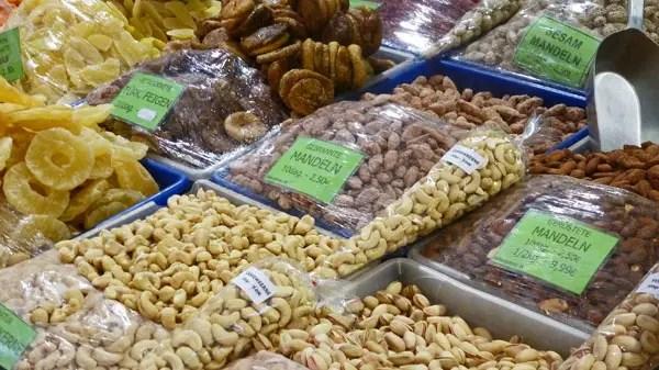 Marché Naschmarkt, Wien - fruits secs