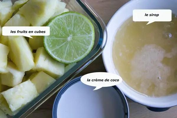 Les ingrédients de la glace ananas coco avant mixage