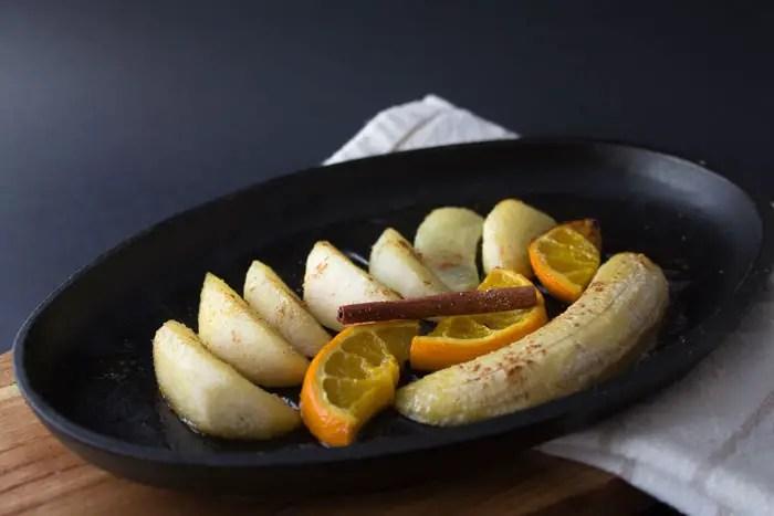 Fruits d'hiver rôtis aux épices douces