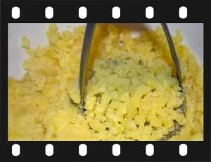 Recette de brandade. 3. écraser les pommes de terre