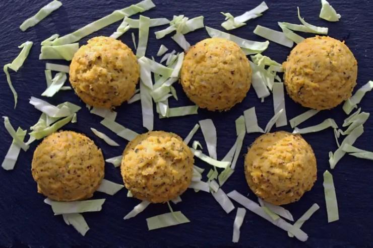 Boulettes au chou, soja et graines de upin