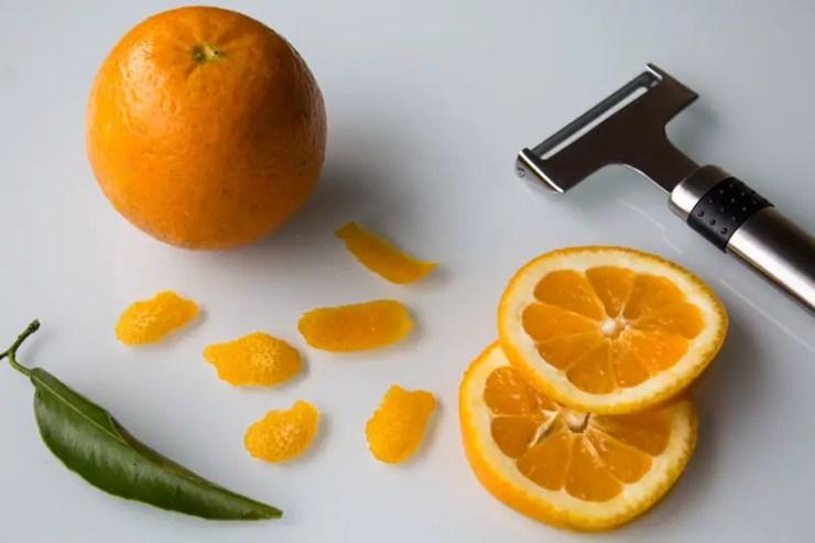 zester une orange ou une mandarine